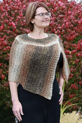 Curvy Girl Cape Crochet Pattern by Nana's Crafty Home