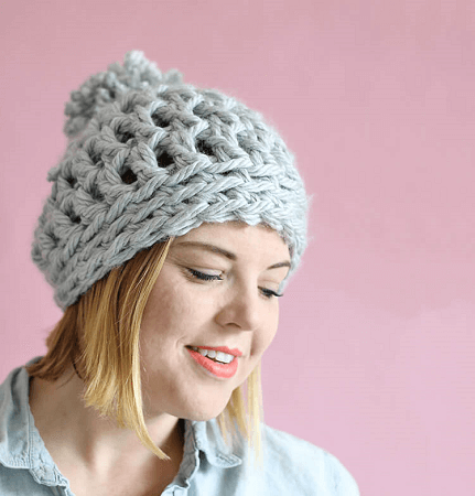Easy Chunky Crochet Beanie Pattern by Persia Lou