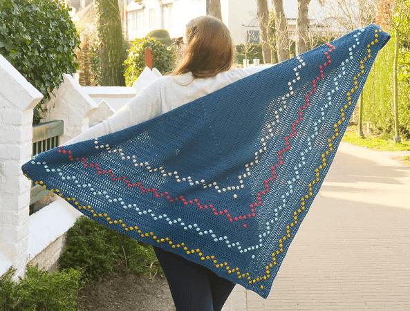 Fairy Lights Triangle Shawl Crochet Pattern by Knitting With Chopsticks