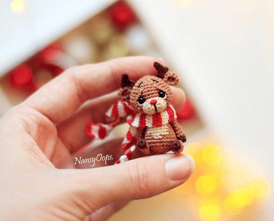 Festive Reindeer Amigurumi Pattern by Nansy Oops