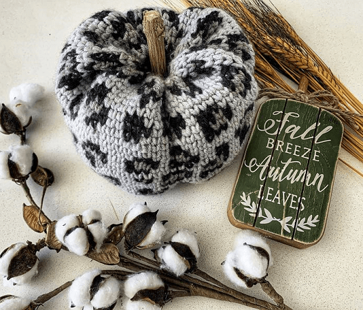 Luxe Leopard Pumpkin Crochet Pattern by Crafting 4 Weeks
