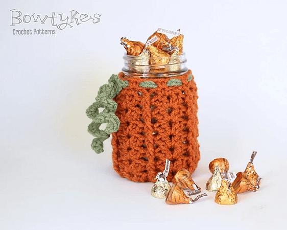 Pumpkin Jar Cozy Crochet Pattern by Briana Olsen