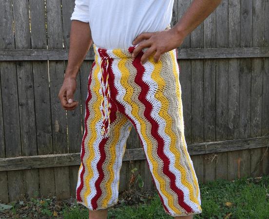 Ripple And Waves Men's Beach Shorts Crochet Pattern by Splash By Quetita