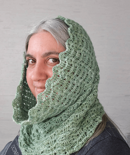 Textured Waves Hooded Cowl Crochet Pattern by Underground Crafter