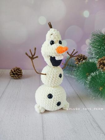Crochet Frozen Olaf Snowman by GelikToys