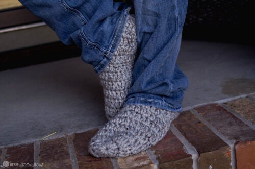 Fast and Free Mens Slippers Crochet Pattern from Heart Hook Home