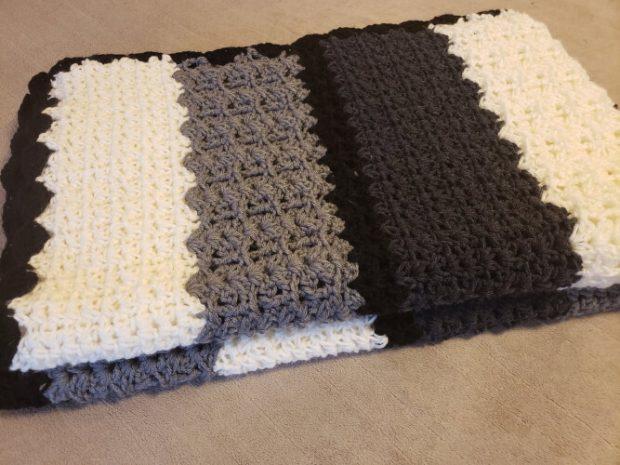Modern Crochet Afghan Pattern from CrochetML