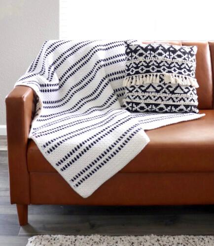 Moss Stitch Modern Crochet Afghan Pattern from Daisy Farm Crafts