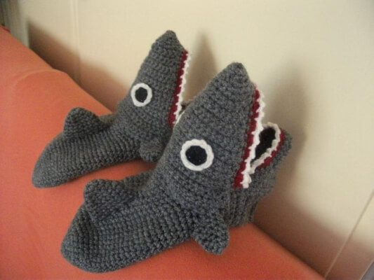 Shark Mens Crochet Slippers by MOBBYLinda