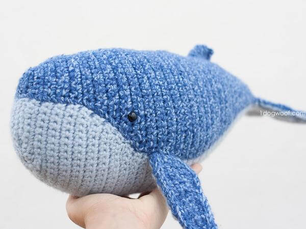 Baby Humpback Whale Crochet Pattern by 1 Dog Woof