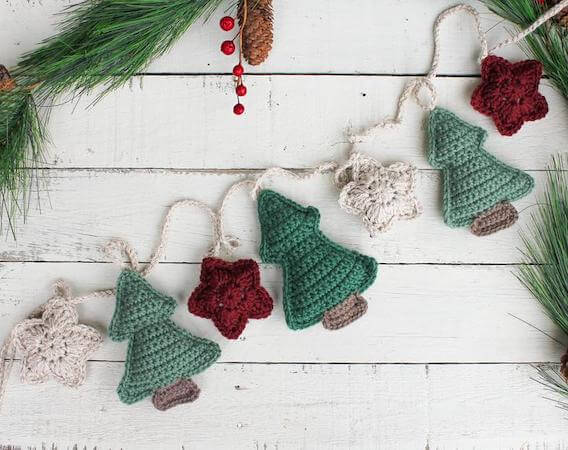 Crochet Christmas Tree And Star Garland Pattern by The Knotted Nest Shop