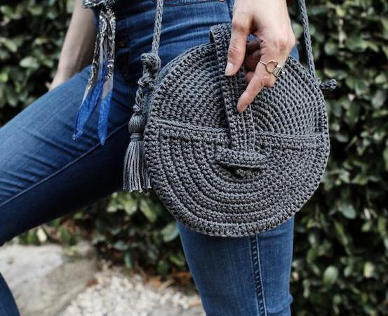 Crochet Crossbody Canteen Bag Pattern by Two Of Wands Shop