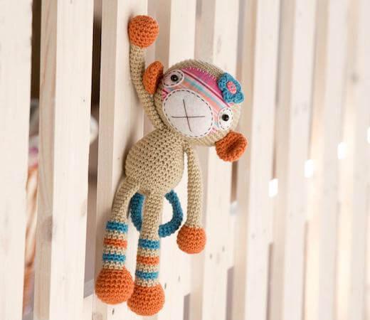 Crochet Monkey Girl Pattern by Lilleliis