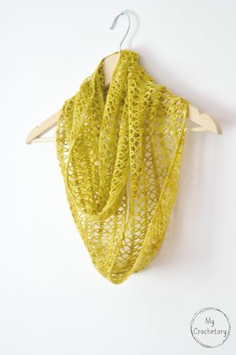 Crochet Sunny Lace Cowl Pattern by My Crochetory