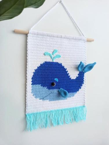 Wall Hanging Crochet Whale Pattern by Plyushki Toys Patterns