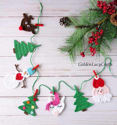Free Crochet Christmas Garland Pattern by Golden Lucy Crafts