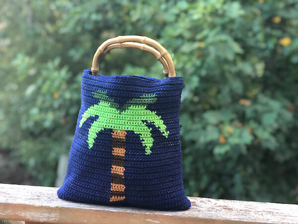 Palm Tree Tapestry Bag Crochet Pattern by Creations By Courtney