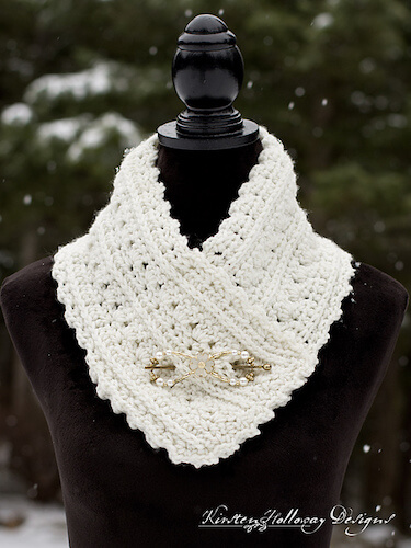 Primrose And Proper Cowl Crochet Pattern by Kirsten Holloway Designs
