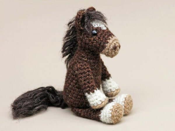 Realistic Crochet Horse Amigurumi Pattern by Sons Popkes