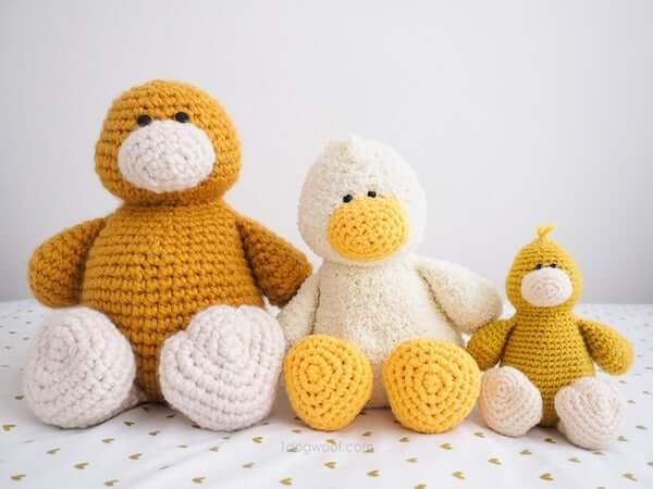 Stanley Duck Amigurumi Crochet Pattern by 1 Dog Woof