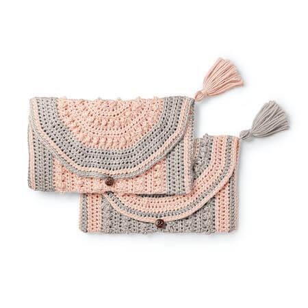 Crochet Clutch Pattern by Yarnspirations