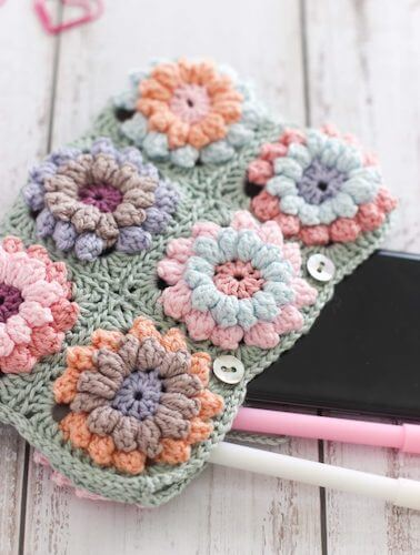 Crochet Flower Clutch Pattern by Thoresby Cottage