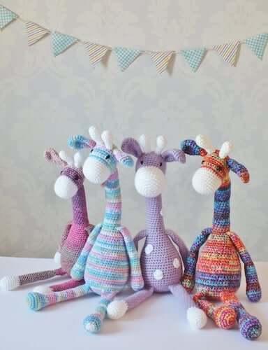 Crochet Giraffe Toy Pattern by Kornflake Stew