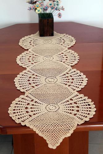 Crochet Lace Table Runner Pattern by Etty 2504