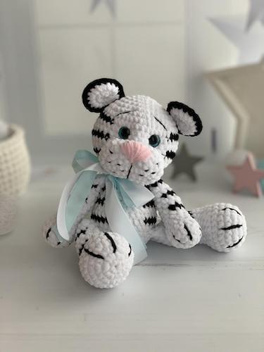 Crochet White Tiger Pattern by Dan Art Estonia