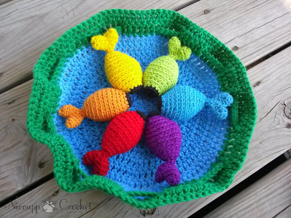 Rainbow Fishing Game Free Crochet Pattern by Niccupp Crochet