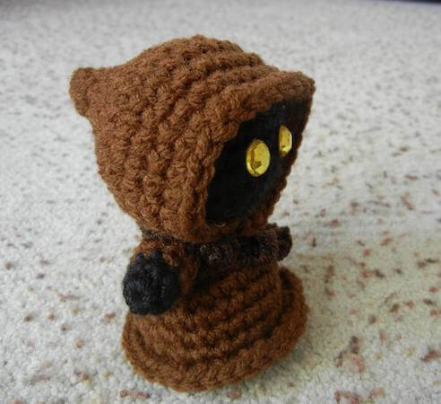 Star Wars Jawa Amigurumi Doll Crochet Pattern by Jana Geek