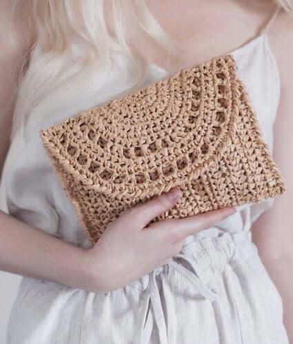 Summer Clutch Crochet Pattern by Darling Jadore