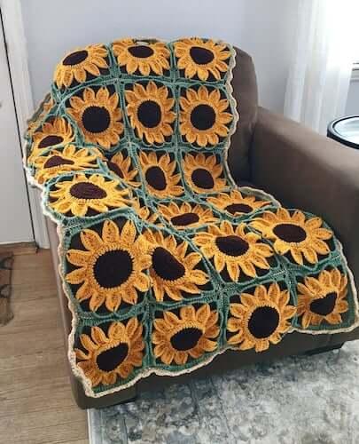 Sunflower Blanket Crochet Pattern by Crafty Kitty Crochet