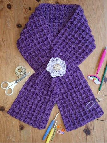 Waffle Keyhole Scarf Crochet Pattern by Daisy Elle