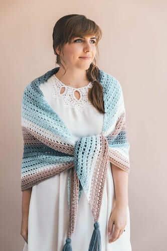 Wishing Well Wrap Free Crochet Pattern by Sewrella