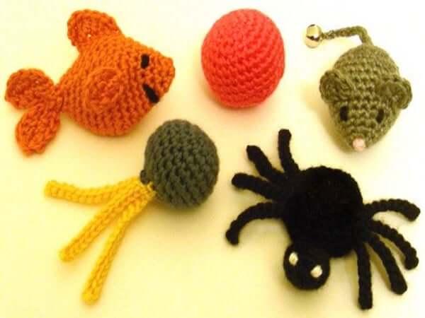 5 Quick Cat Toy Crochet Pattern by Crochet Spot Patterns