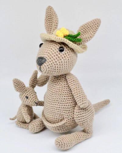 Mama Jill And Little Joey Kangaroo Crochet Pattern by Hello Yellow Yarn
