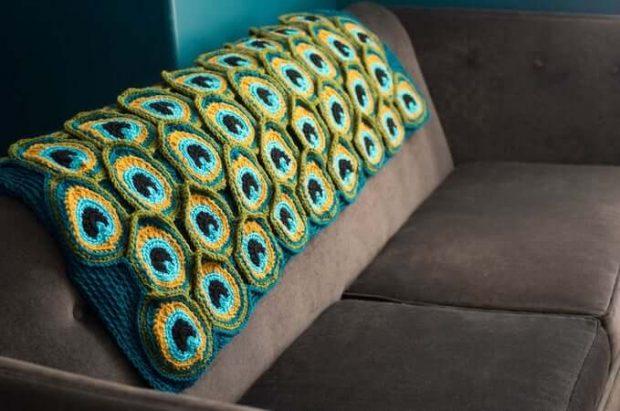 Peacock Blanket Crochet Pattern by Kraftling