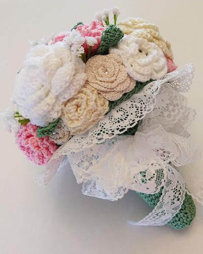 Bridal Bouquet Crochet Pattern by The Crochet Architect