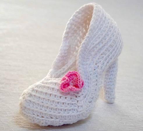 Bridal Crochet Shoe Pattern by Wolligurumi