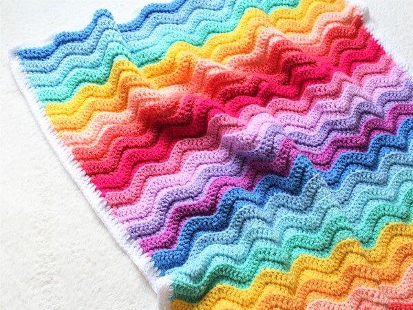 chunky rainbow ripple baby blanket crochet pattern
