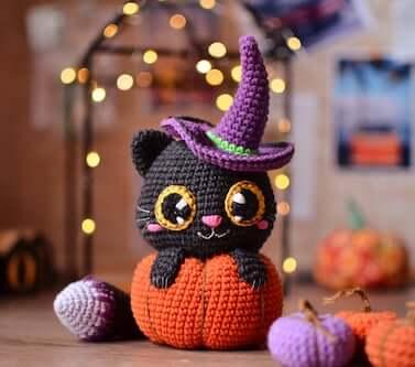 Crochet Cat In Pumpkin Pattern by Magic Filament