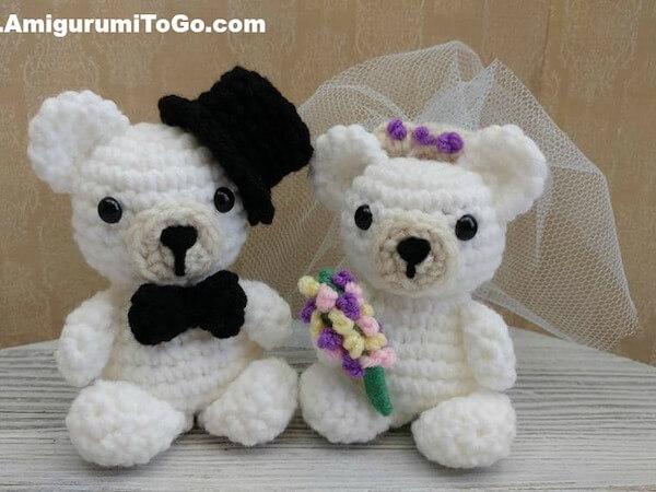Crochet Mini Wedding Bears Pattern by Amigurumi To Go