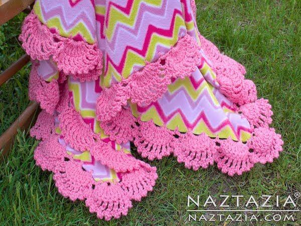 Crochet Scallops On Fleece Border Edging by Naztazia