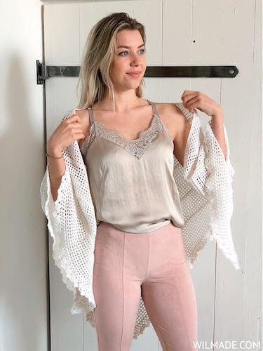 Free Wedding Shawl Crochet Pattern by Wilmade