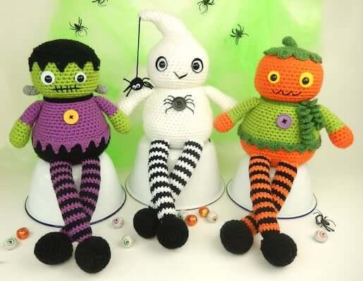 Halloween Long Legs Dolls Amigurumi Pattern by Moji Moji Design
