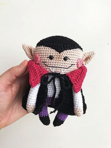 Paco, The Vampire Amigurumi Pattern by Elif Tekten