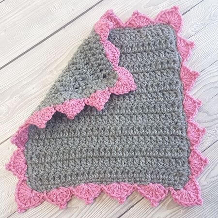 Simple Picot Scallops Blanket Border Crochet Pattern by Crafting Happiness