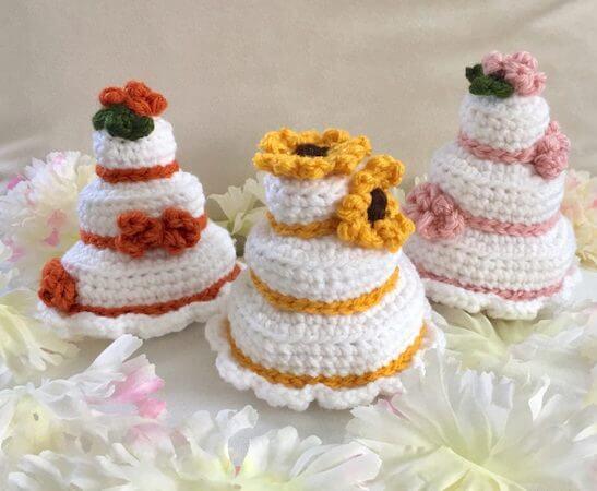 Tiny Cake Wedding Crochet Pattern by Crafty Kitty Crochet