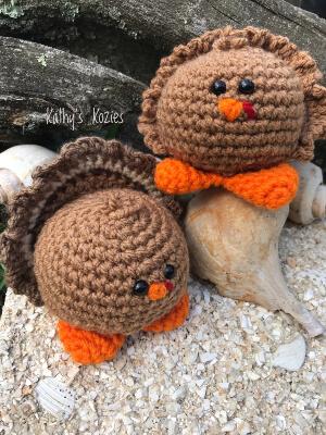 Little Gobbles Crochet Turkey Pattern by Kathyskozies